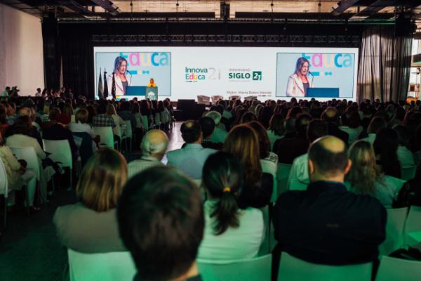 Discurso de Inauguración Rectora María Belén Mendé