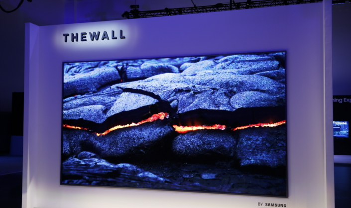 The-Wall-Modular-MicroLED-146-inch-TV_Main_1