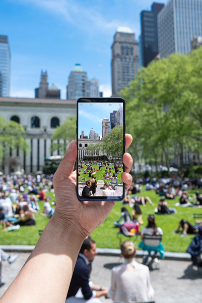 LG G7 in Action 01