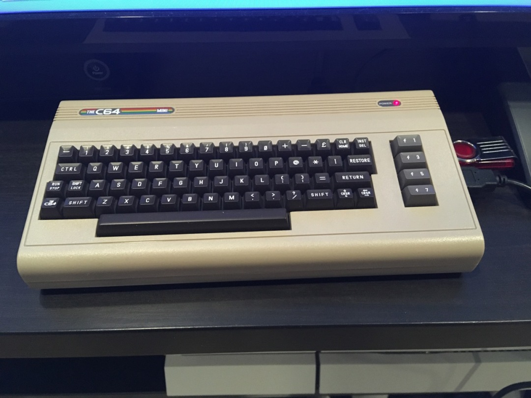 Review c64 mini – infosertec