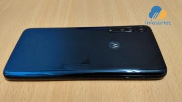 Motorola-One-Macro-2