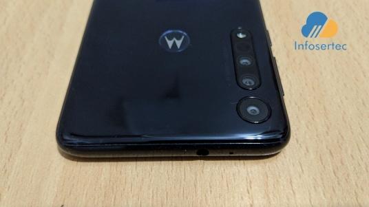 Motorola-One-Macro-3