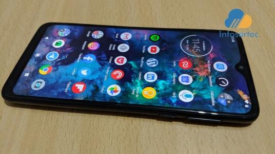 Motorola-One-Macro-8
