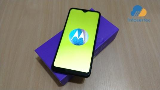 Motorola-One-Macro-9